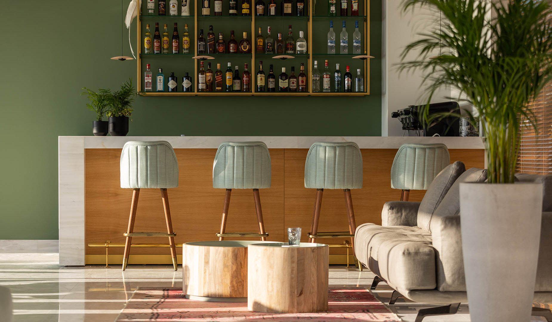 καλαματα ξενοδοχειο με πισινα- Messinian Icon Hotel